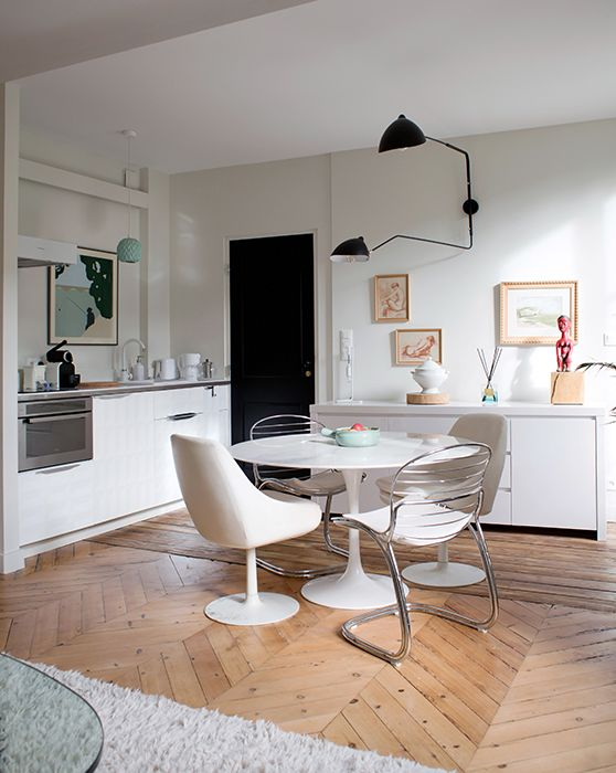chez laurence du tilly inside closet annexe pinterest modern chairs living spaces and. Black Bedroom Furniture Sets. Home Design Ideas