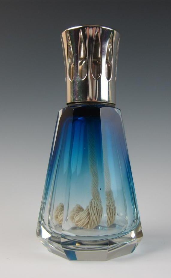 Baccarat Lampe Berger Google Search Antique Perfume Bottles Perfume Bottles Perfume Bottle Art