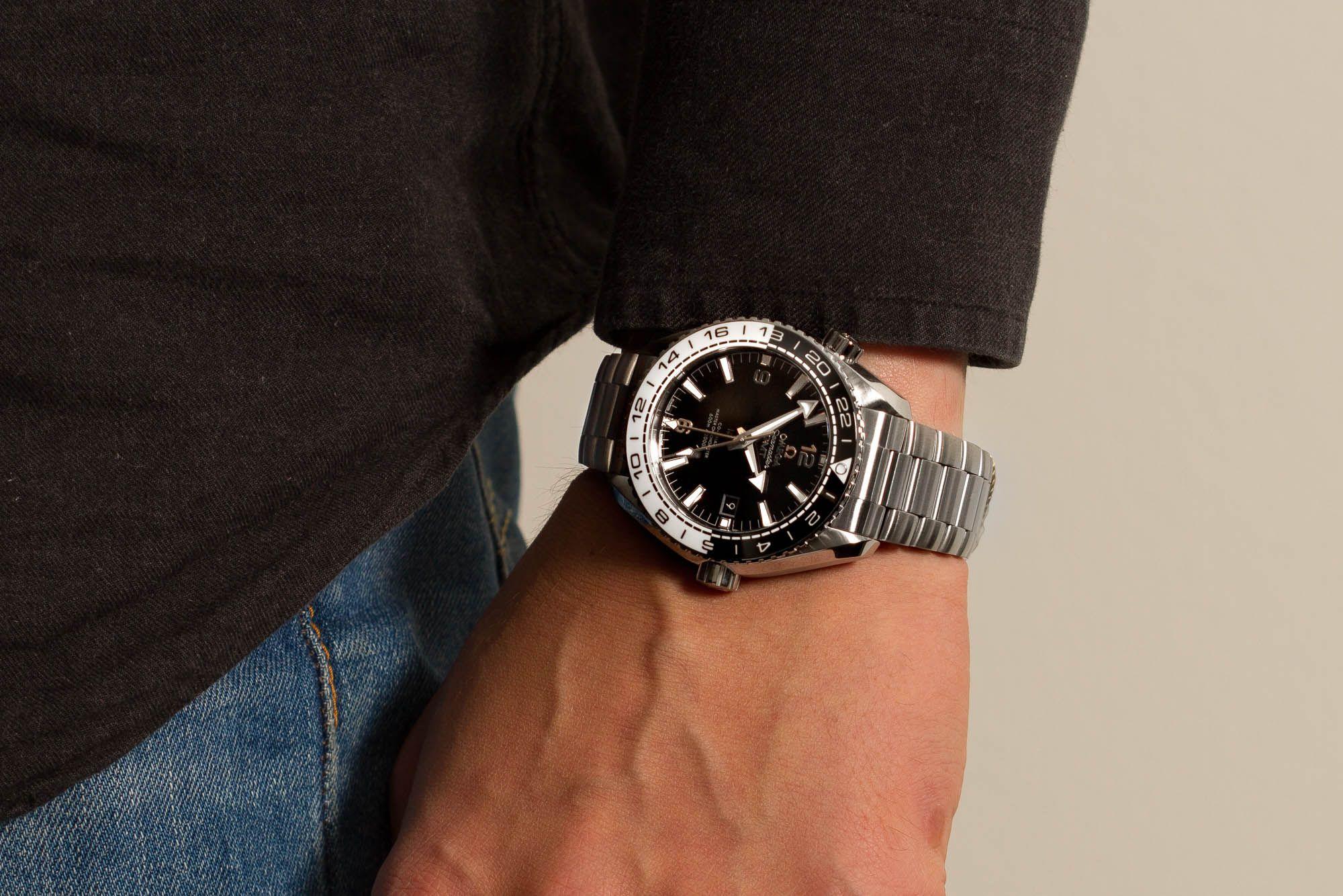 161e014c48 Omega Seamaster Planet Ocean 600M Master Chronometer GMT 215.30.44.22.01.001