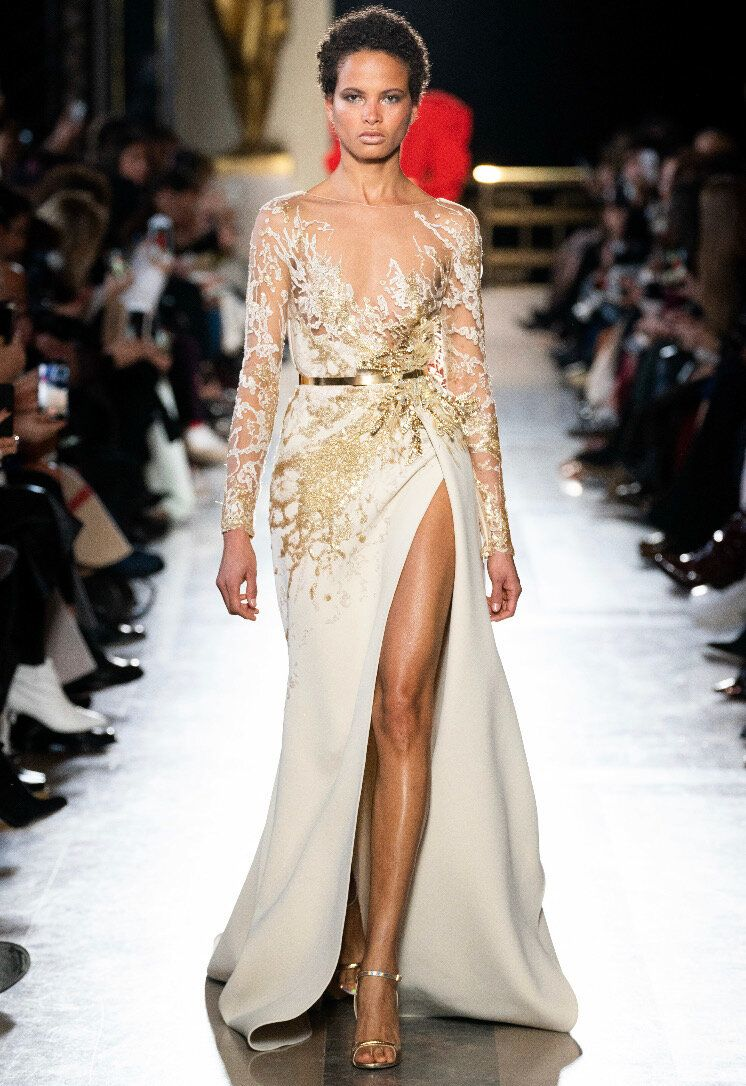 Elie Saab Couture White And Gold Gown With Ruffle Elie Saab Couture Couture Fashion Couture Dresses