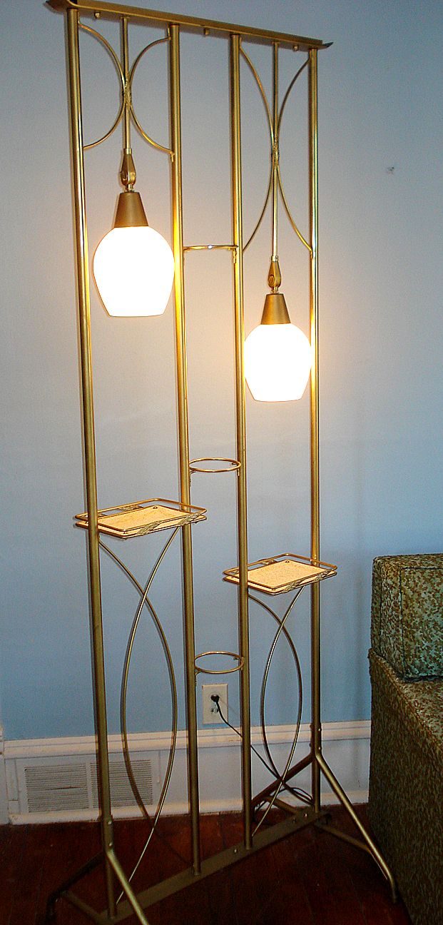 Room Divider Plant Stand Lamp.