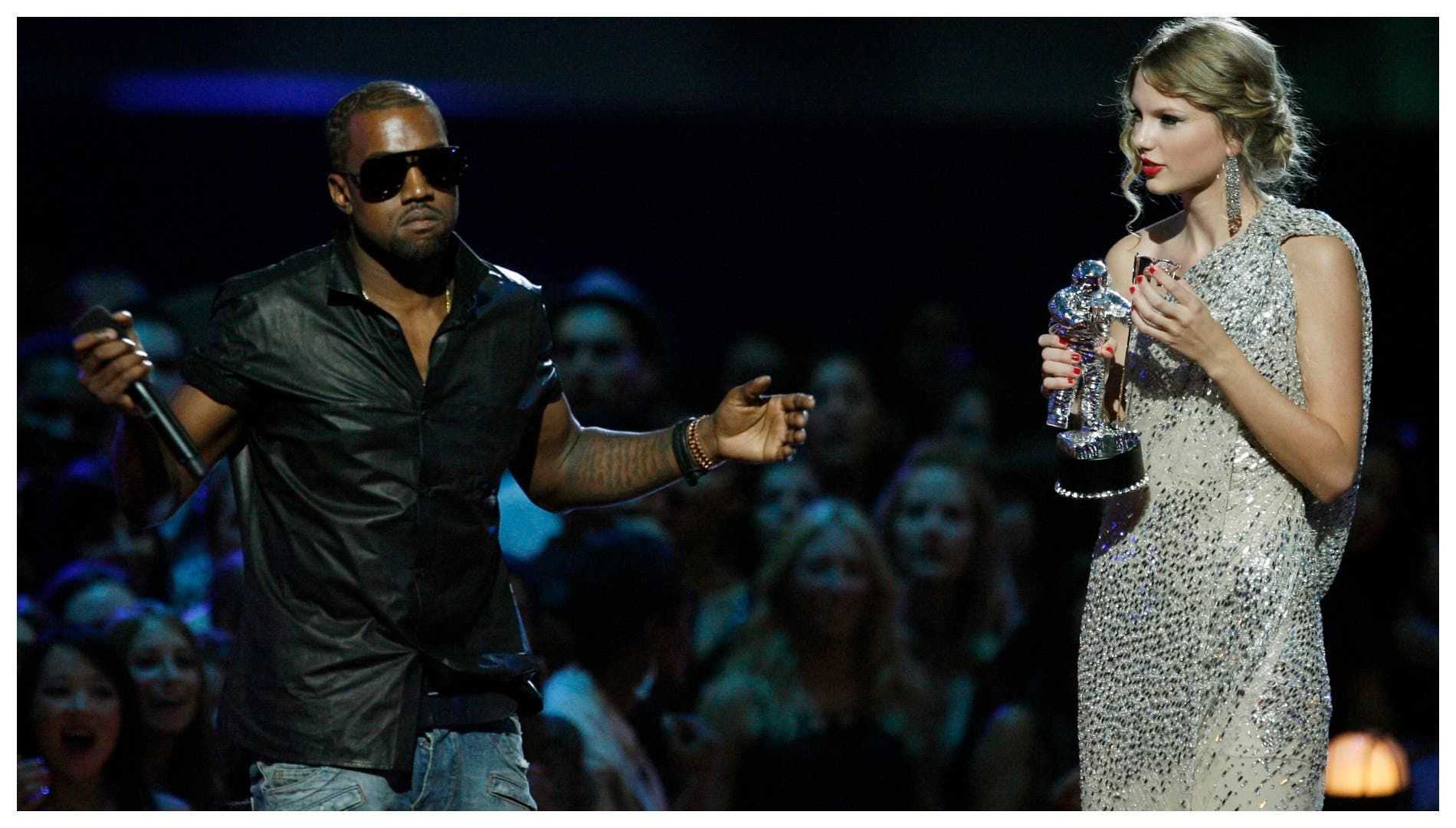 بعد مرور 11 عام على الحادثة كانيه ويست يعيد فتح دفاتر الماضي مع تايلور سويفت الله أمرني باقتحام المسرح Kanye West Video Kanye West Crazy Kanye