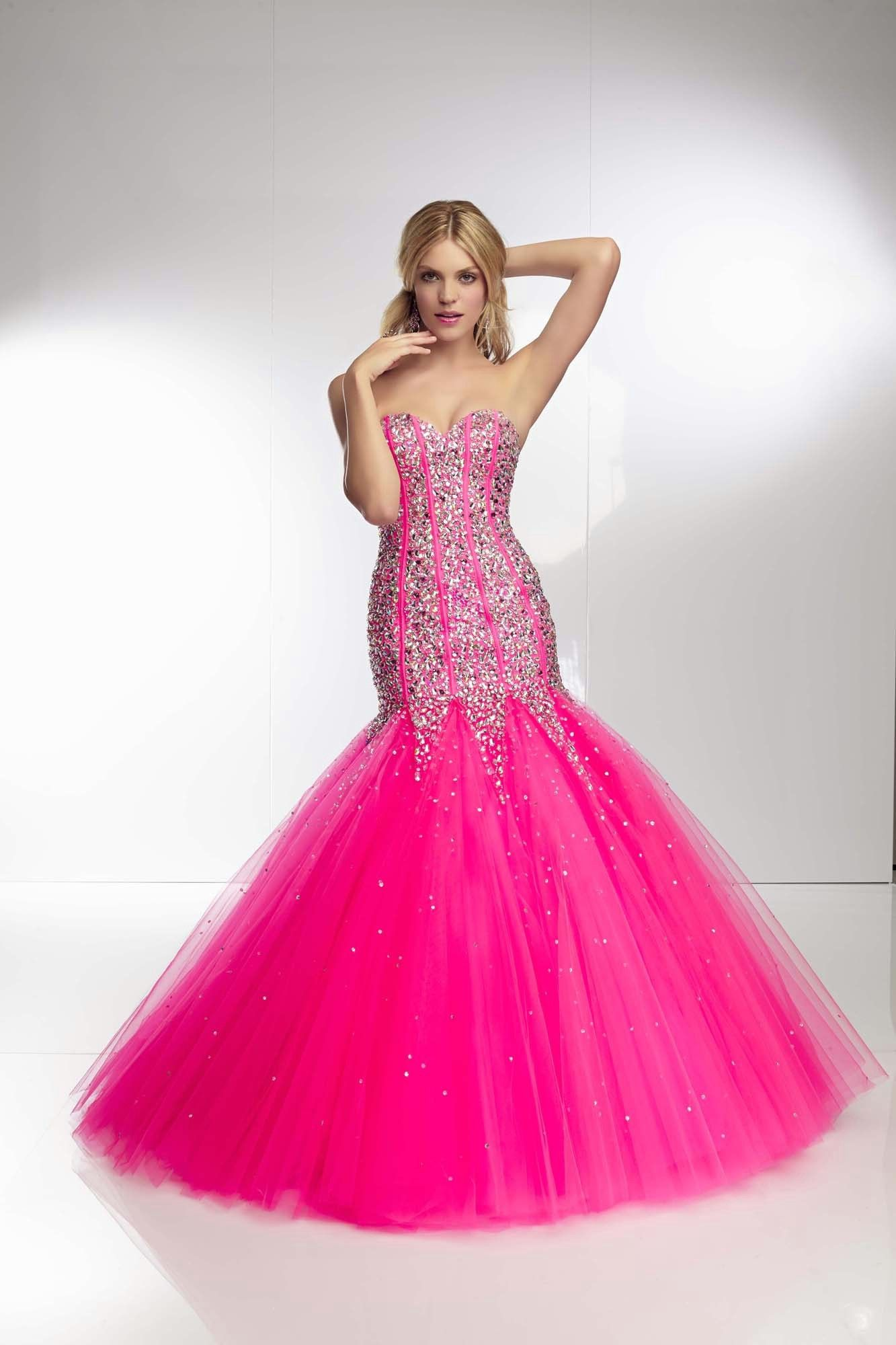 For the girl who\'s not afraid to stand out!! Mori Lee Paparazzi ...