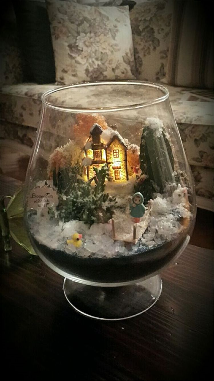30 Affordable Christmas Table Decorations Ideas 2019 Affordable Christmas Decorations Christmas Centerpieces Diy Affordable Christmas