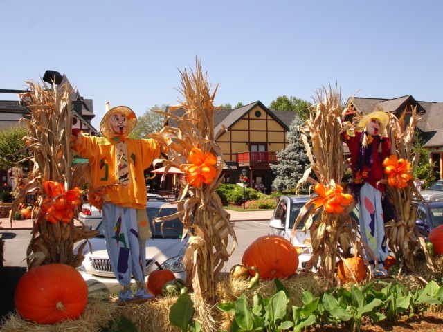 fall harvest decorations smoky mountains harvest festival kicks off in gatlinburg tennessee - Harvest Decorations