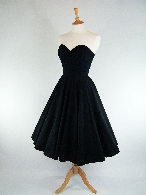 Made To Measure Black Full Circle Dress Detachable Straps Belt 105 00 Via Etsy Circle Skirt Dress Dresses Circle Dress [ 1500 x 1125 Pixel ]