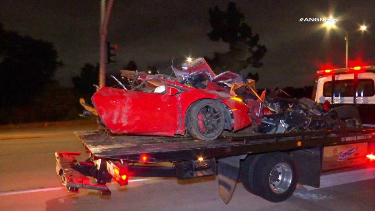 2 Killed in Fiery Crash in S.F. Valley Were