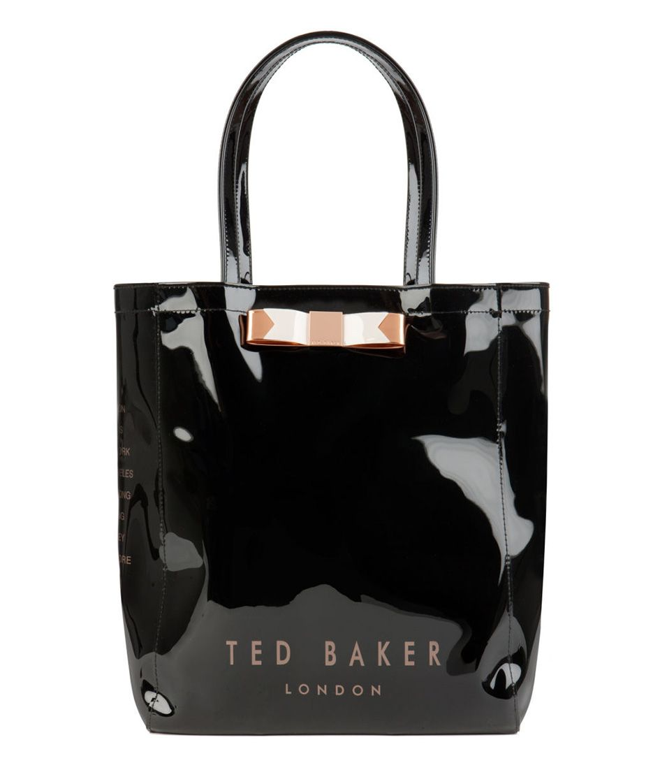 9a01cd5f3 De Emacon Icon Bag van Ted Baker is een trendy shopper. De tas is uitgevoerd