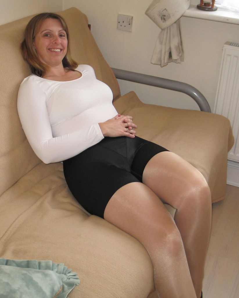 mature women panty pantyhose - naked photo