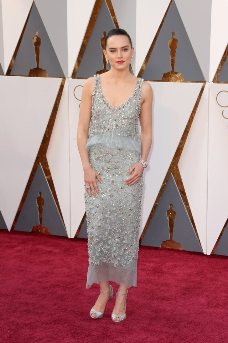 Daisy Ridley Looked Out Of This World At The Oscars In 2020 Red Carpet Dresses 2017 Oscars Red Carpet Dresses Red Carpet Oscars