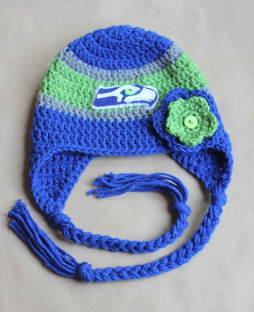 576869aece7 Seattle Seahawks Crochet Hat Pattern ~ Could change out the colors for any  team. Love the Pattern