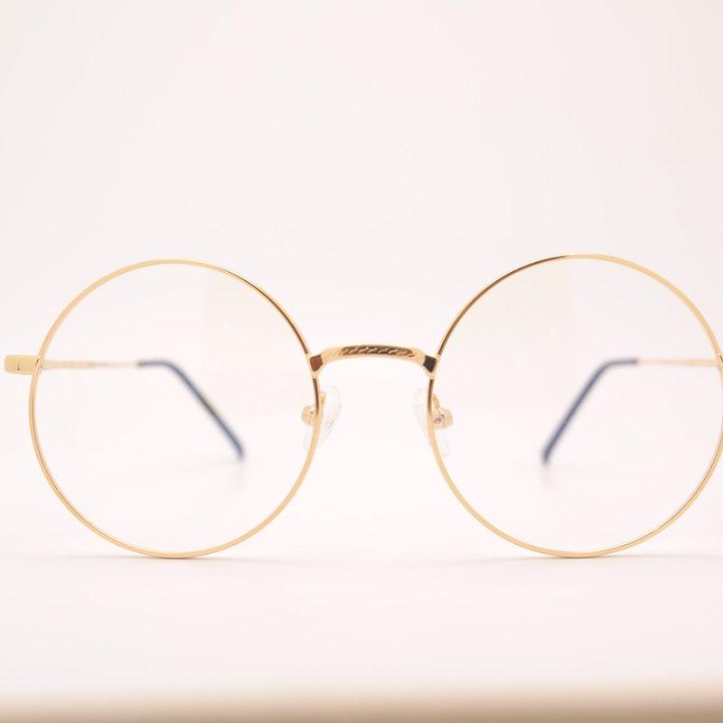 Suche nach Tag: schlampe mit brille
