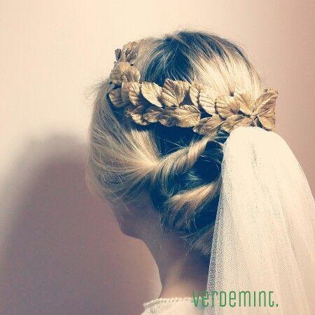 corona novia hojas doradas | tocados y peinados novia | pinterest