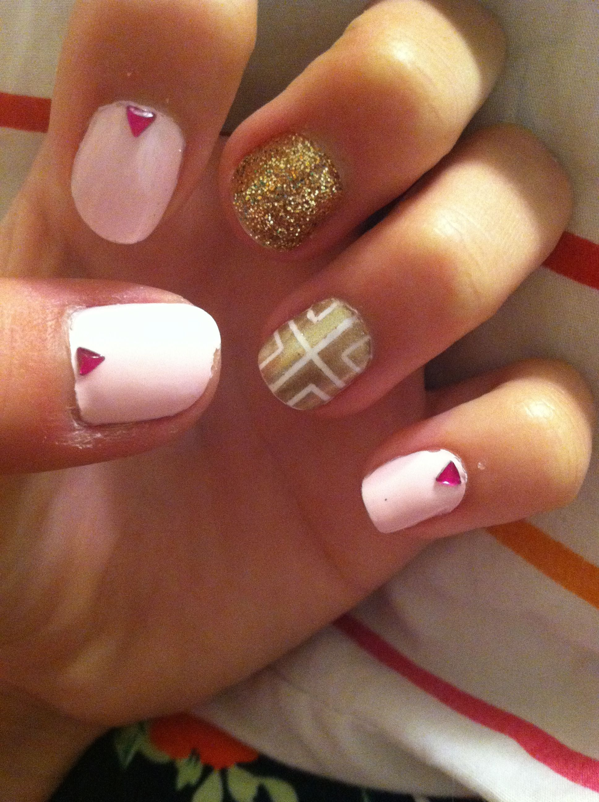 Pink Nails With Triangle Rhinestones A Gold Nail And Gold And