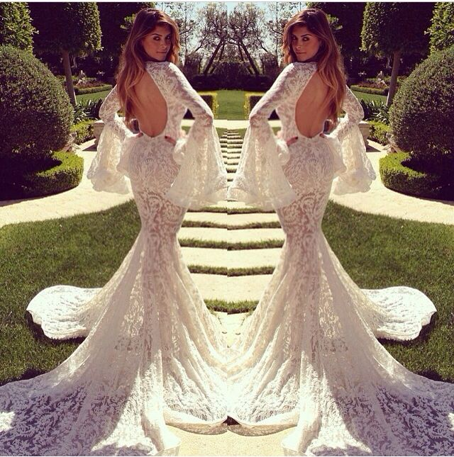 Beautiful Vintage Michael Costello Wedding Dress 2014 with 70's inspiration!! Gorge!! (Photo credits via michaelcoatello Instagram)