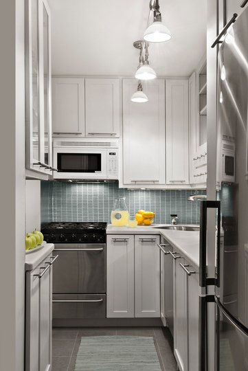 10 Well Designed Windowless Kitchens Small Kitchen Decor Kitchen Design Small Kitchen Layout
