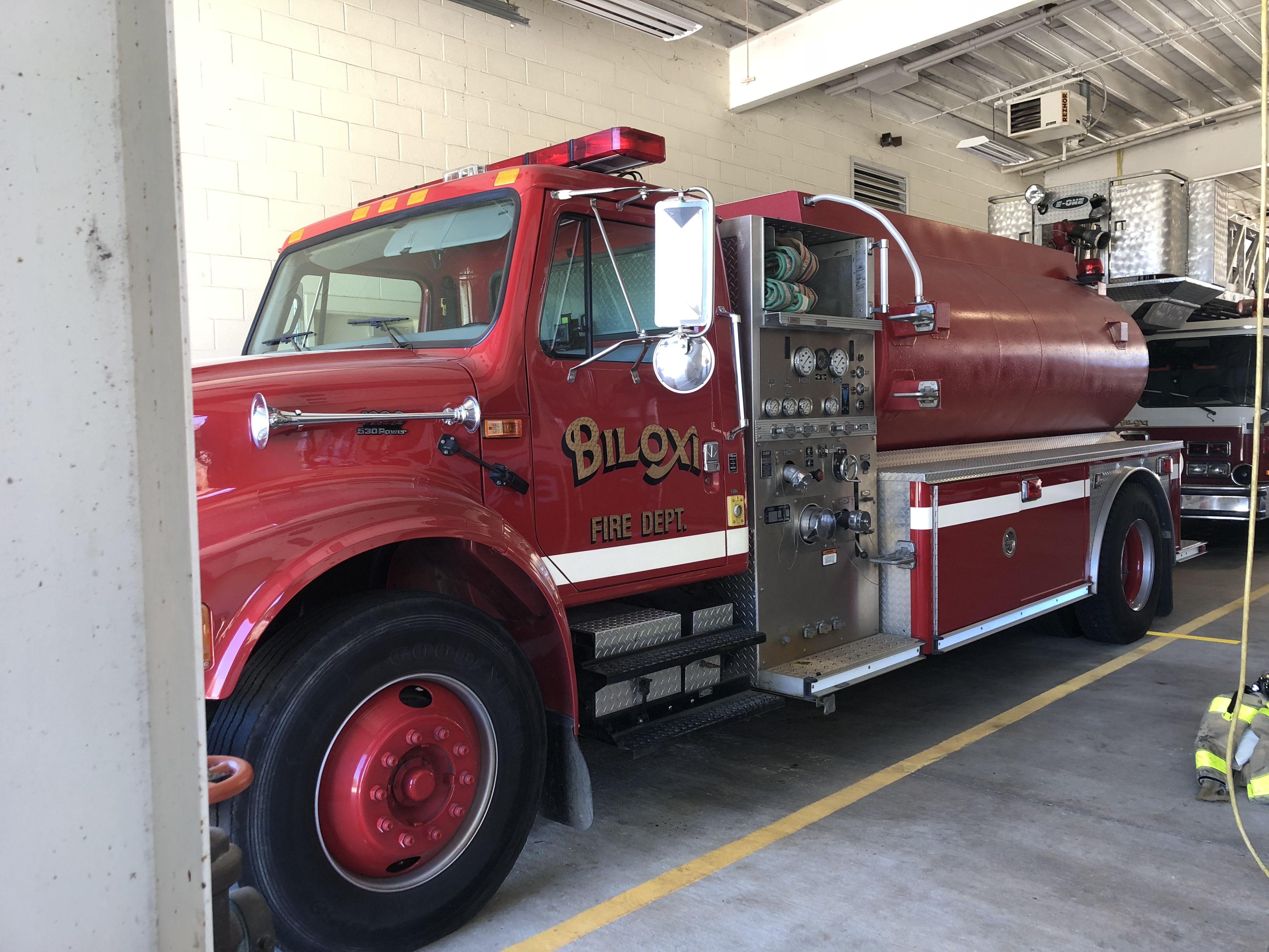 Pin by Brandon Kelly on EOne Hurricane Ad Fire trucks