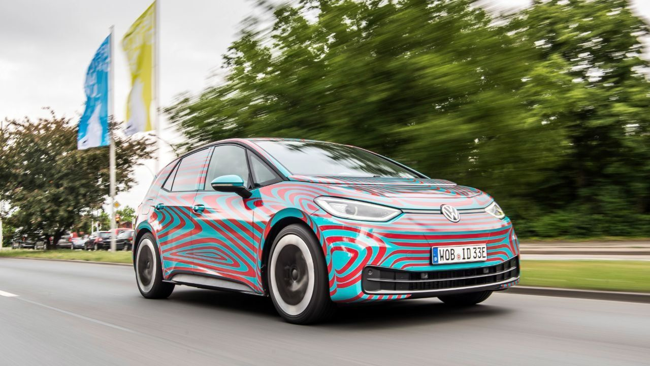 Vw To Introduce 34 Models In 2020 Amid Electric Car Push Volkswagen Head Up Display Electric Car
