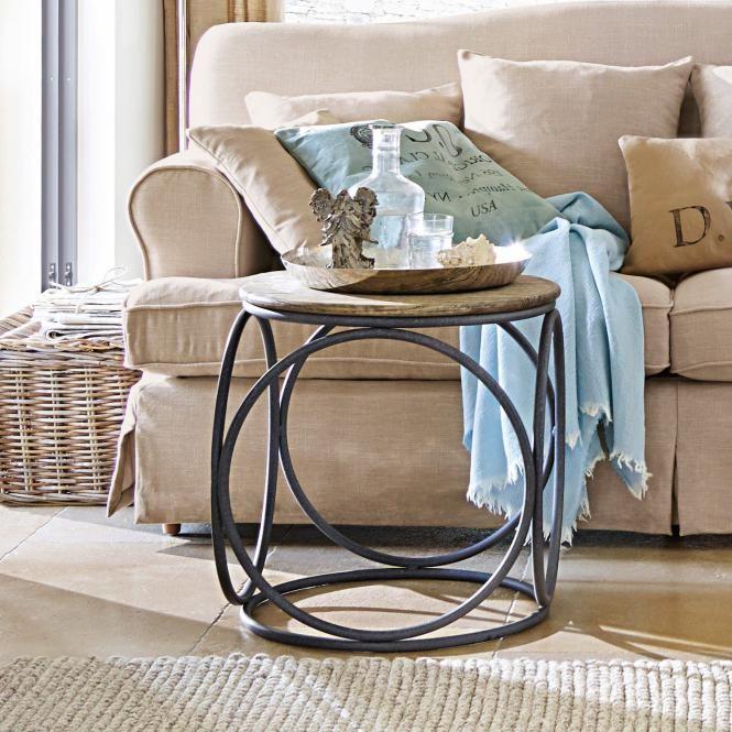 Wohnzimmer Einrichtungsidee mit Beistelltisch Echelon #wohnen - wohnideen wohnzimmer beige braun