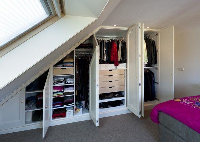 Schuine Wand Kast : Schuine wand kast inspiratie attic bedrooms attic rooms en