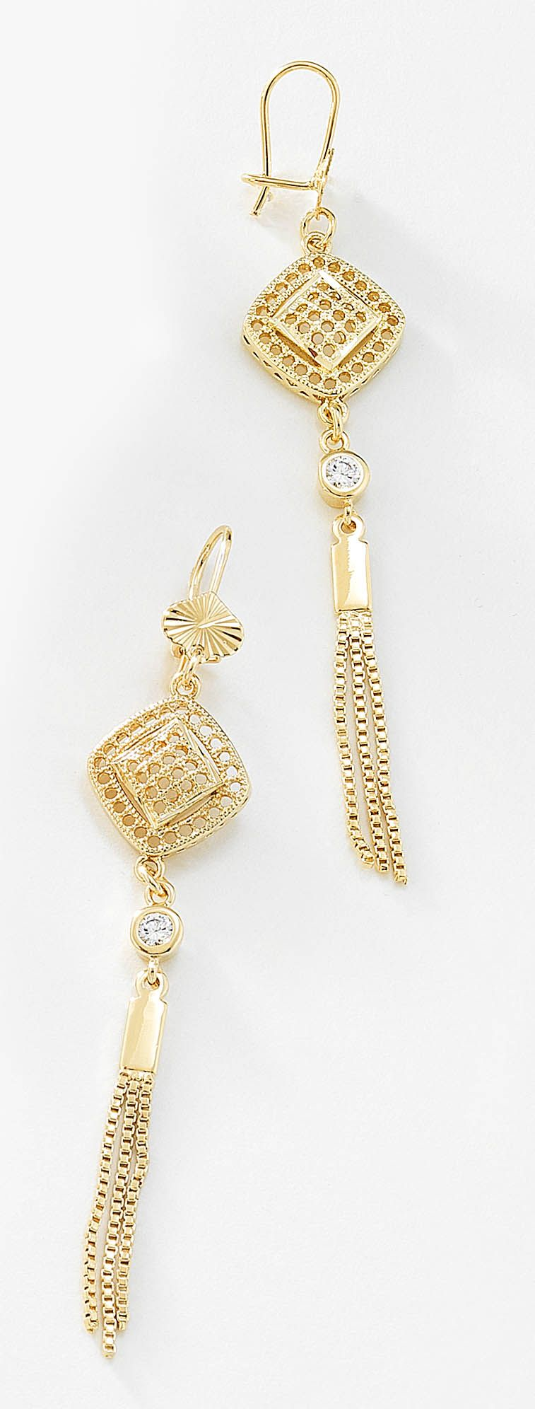 c079a1482a2c Aretes largos con pequeñas tiras de cadenas en 4 baños de oro de 18 ...