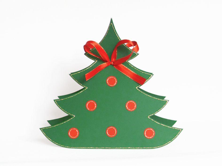 Diese Tannenbäumchen-Geschenkverpackung habe ich aus Fotokarton gebastelt. Die kannst Du für Deine Weihnachtsgeschenke selbst nachbasteln, Vorlagen dazu gibt es hier: https://www.crazypatterns.net/de/items/9996/weihnachtsverpackung-bastelvorlagen-mit-anleitung