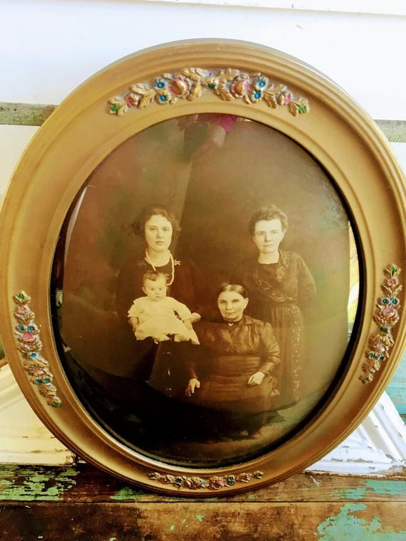 Antique Oval Convex Glass Picture Gold Gesso Painted Flowers Family