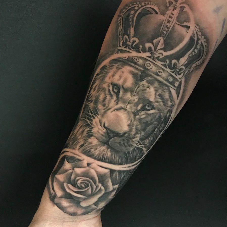 Mike Sklaventitis Black Grey Realism Tattoo Artist At Monumental Ink Crown Tattoo Design Nc Tattoo Tattoo Artists
