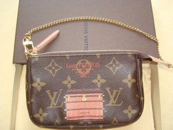 421c3b18c1e1 Louis Vuitton Limited Edition Inventeur Illustre Trunks and Lock Monogram  Mini Pochette Brand new!. Get the lowest price on Louis Vuitton Limited  Edition ...