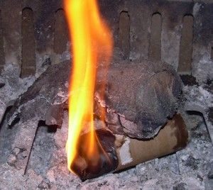 How to make a fire starter out of dryer lint, old toilet paper tubs and burnt down candles