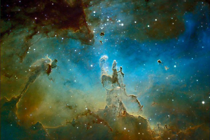 NEBULOSA DEL ÁGUILA o M16_Es una nebulosa de emisión (región HII), asociada a un cúmulo estelar abierto. Está situada a 7.000 años luz de la Tierra, en la constelación de Serpens Caput.