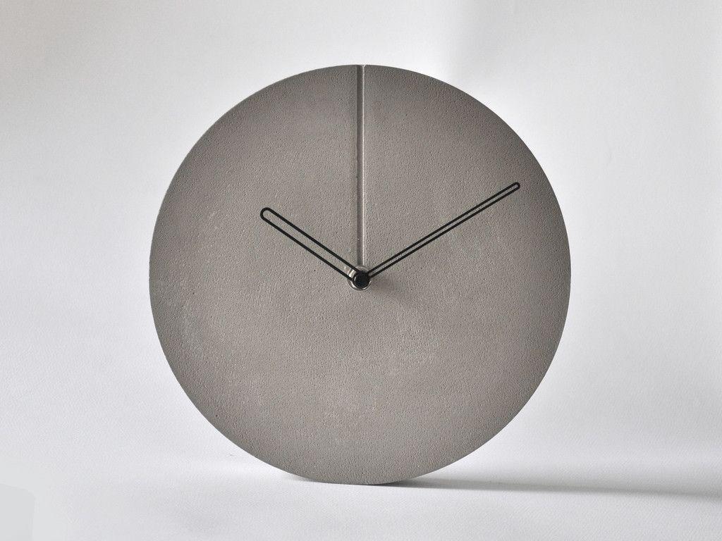 concrete minimal wall clock concrete innovations pinterest wanduhren uhren und beton diy. Black Bedroom Furniture Sets. Home Design Ideas