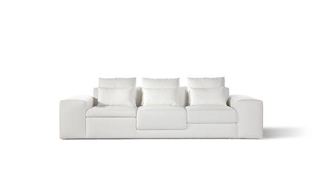 decoboco / さまざまな座り方ができる「デコボコ」のソファ