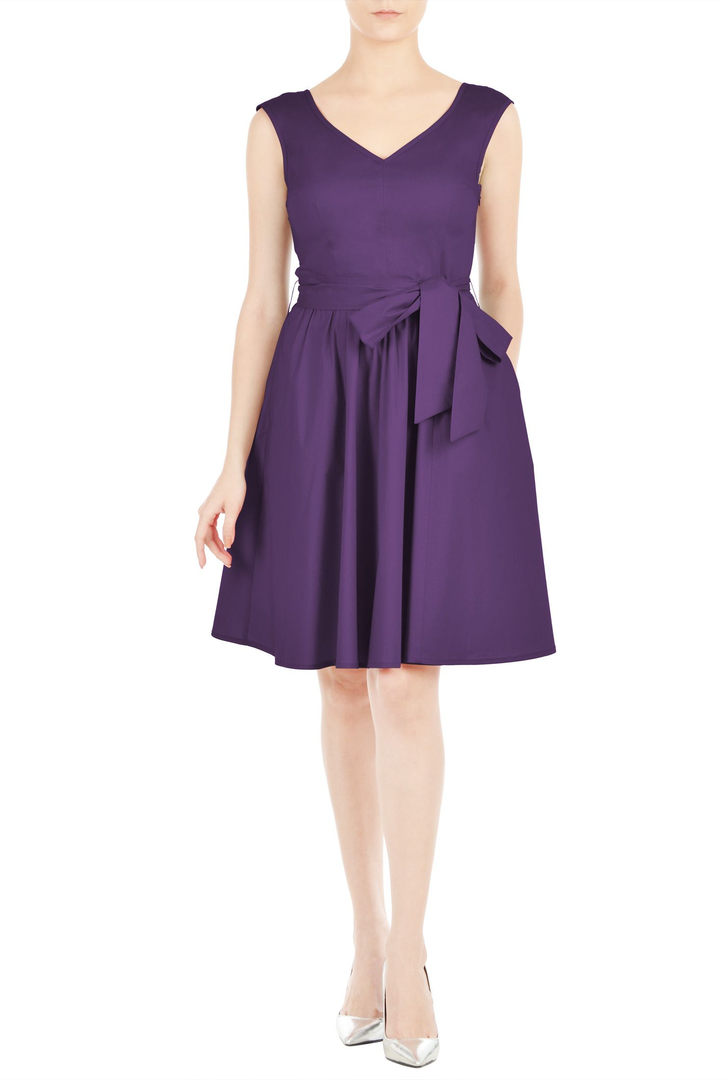 Stretch cotton poplin covers our wide vneck woven dress fashioned