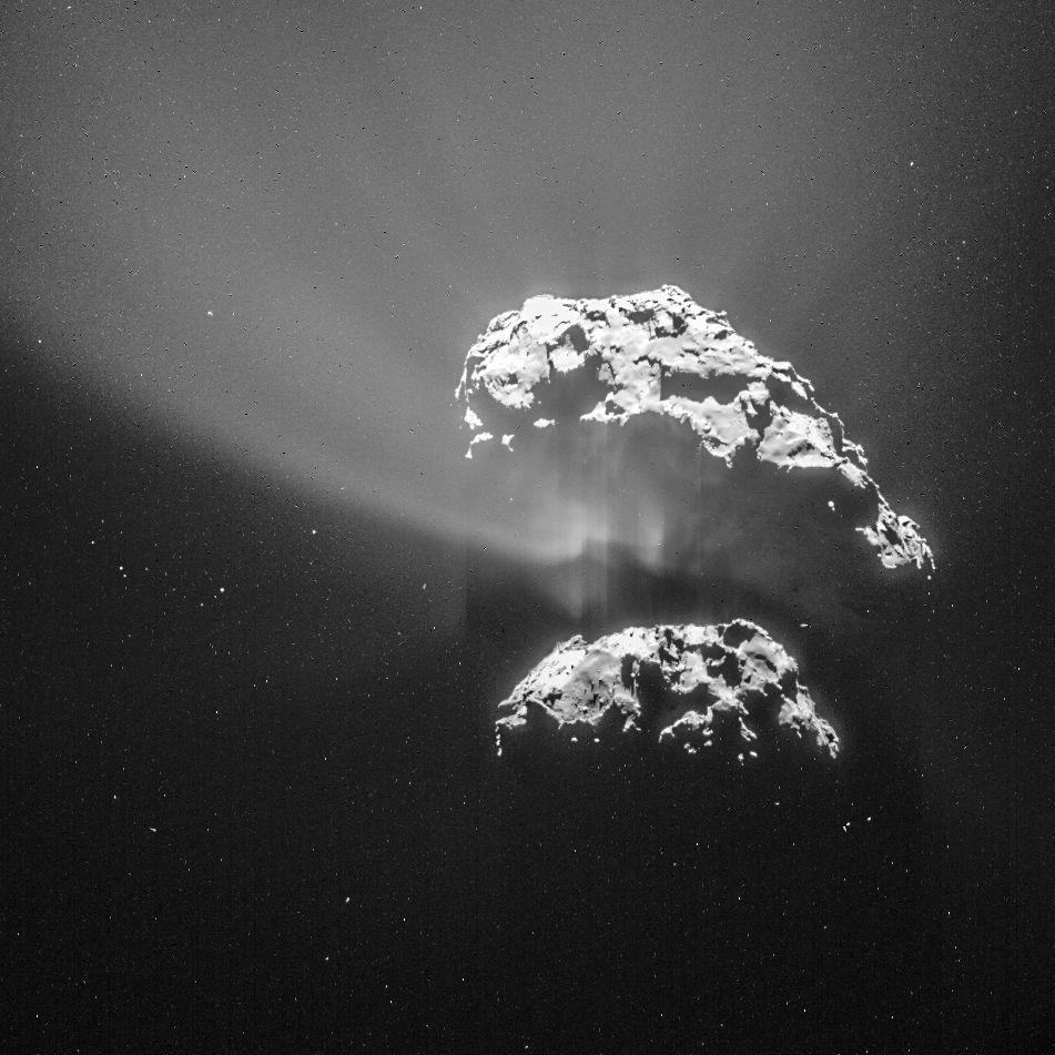 Közvetlen közelről sikerült megvizsgálnia a Csuri becenevű üstököst a Rosetta űrszondának. A küldetés gond nélkül lezajlott, felvételek is készültek