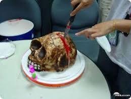 Resultado de imagem para bolos de halloween assustadoras