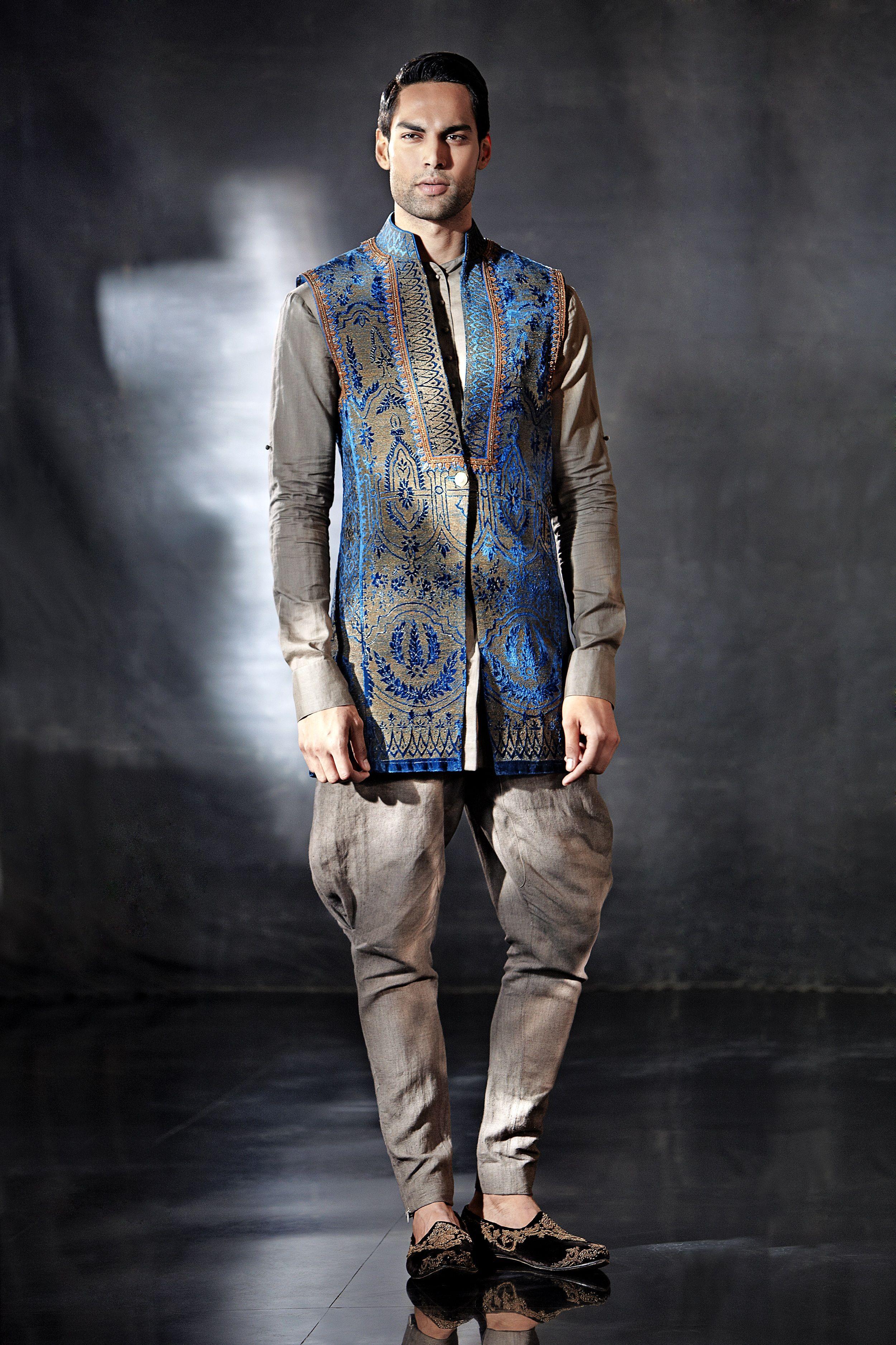 c8f212ab7c68b Indian Fashion   Tarun Tahiliani   Modern Mughal's Collection   Indian  Wedding   Indian Wedding   Men's Wear