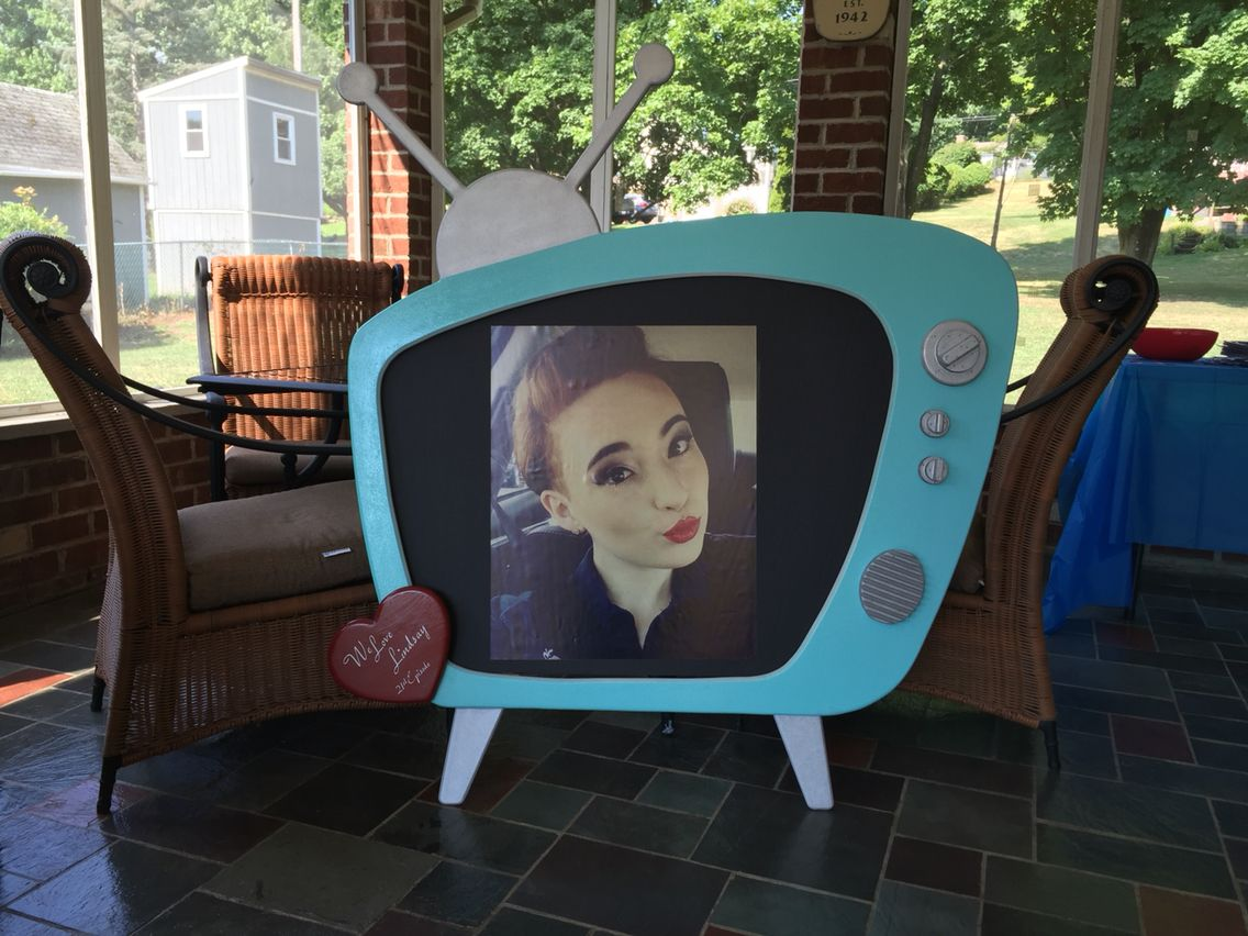 I Love Lucy Retro Tv Photo Frame And Photo Booth Prop