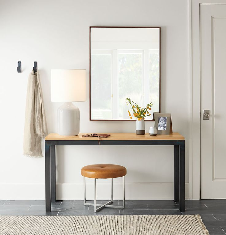 Console table with stools underneath Love this multipurpose idea