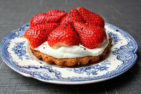 Madlaboratoriet: Lowcarb mini-jordbærtærte til én