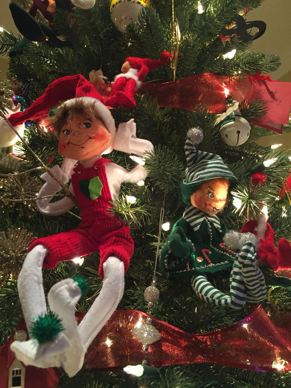 Annalee elves decorate the tree | Christmas decorations | Pinterest