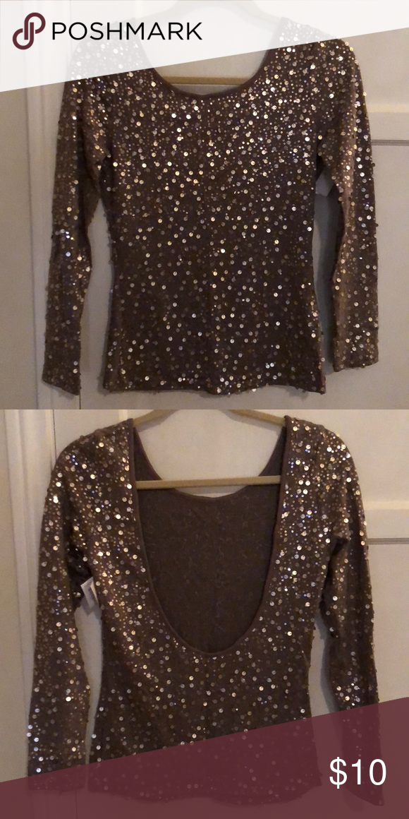 67c0b455e9b16 Low back long sleeve sequin top LOw back long sleeve sequin shirt Tops Tees  - Long Sleeve