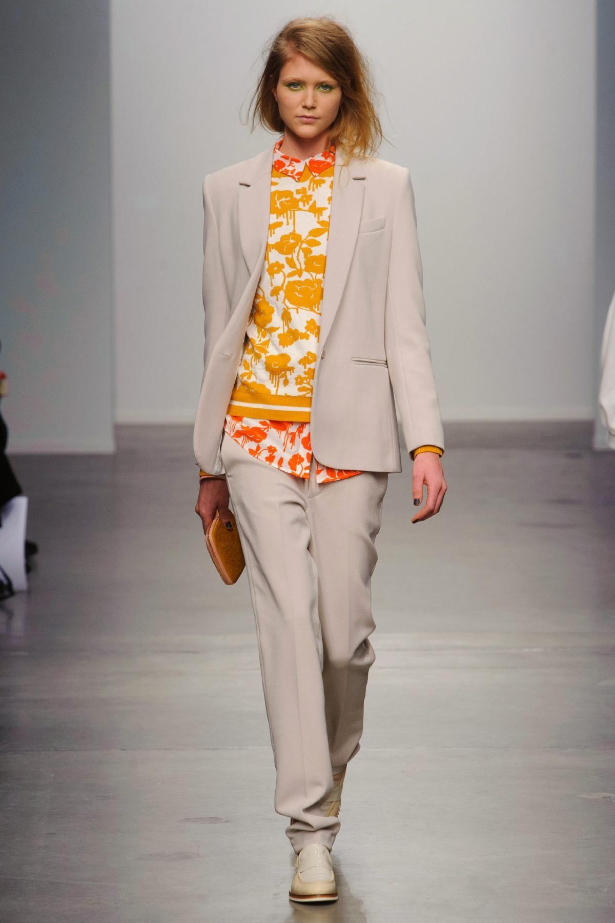 Karen Walker FallWinter 2013-2014 RTW – New York Fashion Week