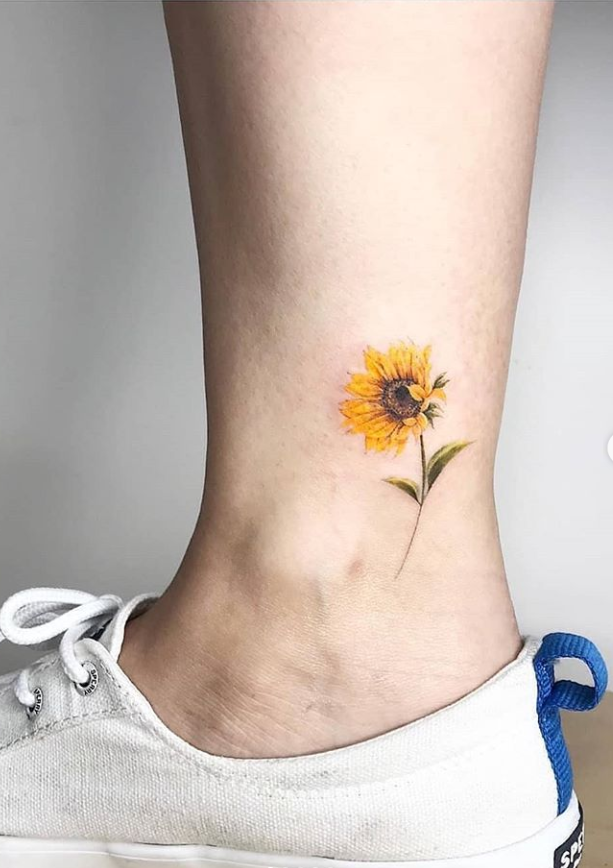 Photo of 27 Attractive Foot Tattoo Ideas For Summer & Fall