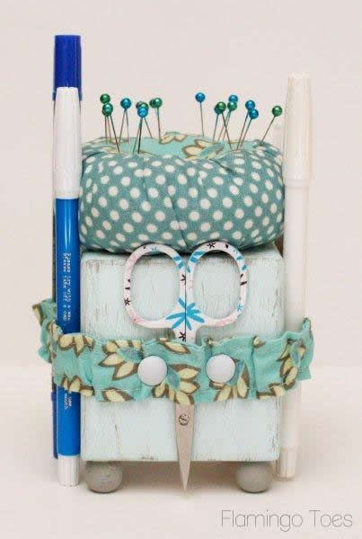 Cute Little Sewing Tool Caddy | Pin cushions | Sewing tools
