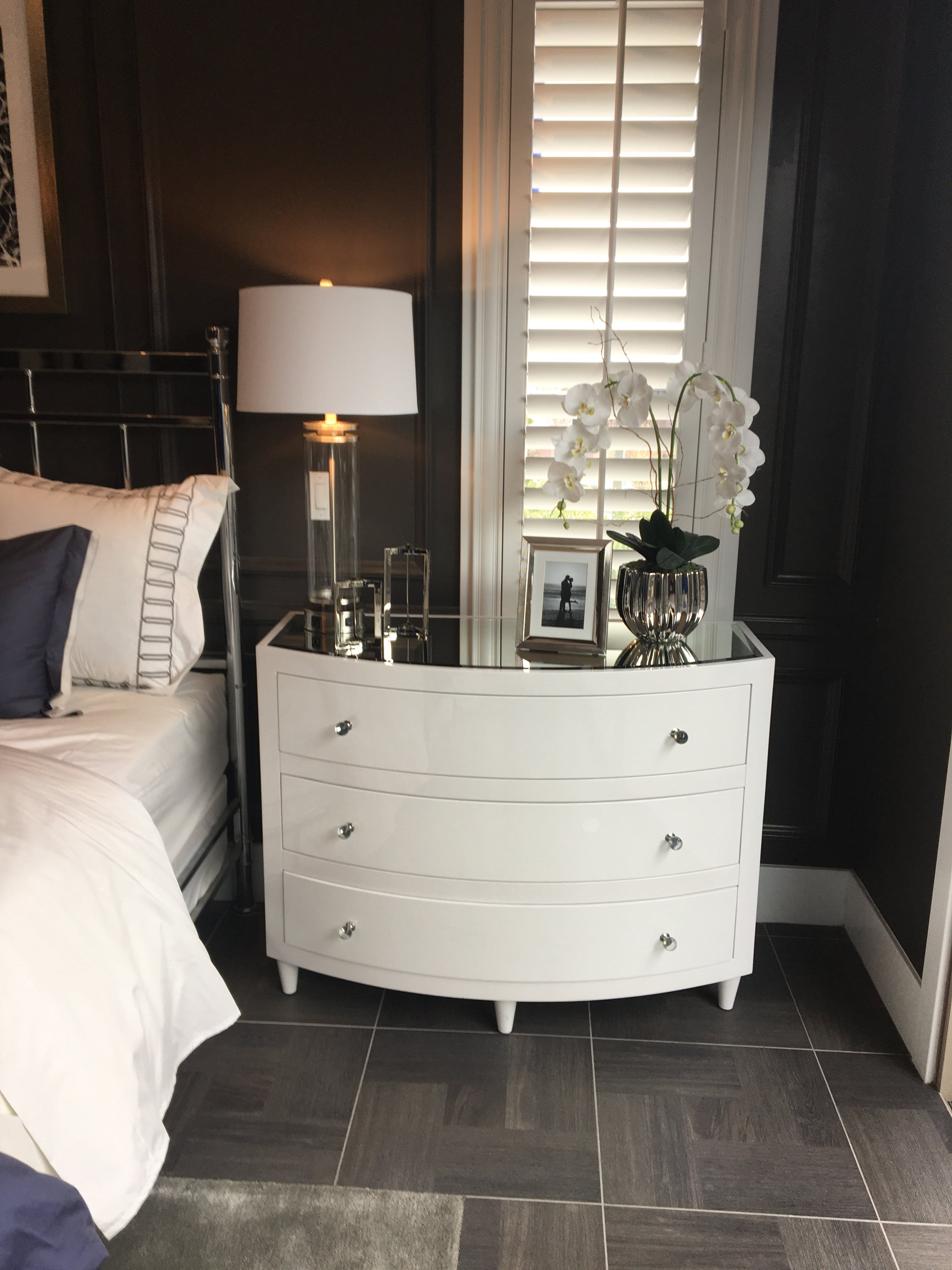 Best Pin By Brenda Pinkowsky On Bedroom Large Nightstands 400 x 300