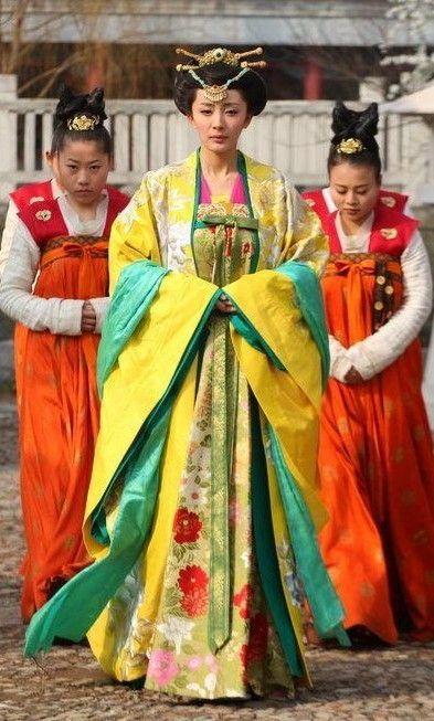 Ancient Chinese Tang Dynasty Princess Clothing And