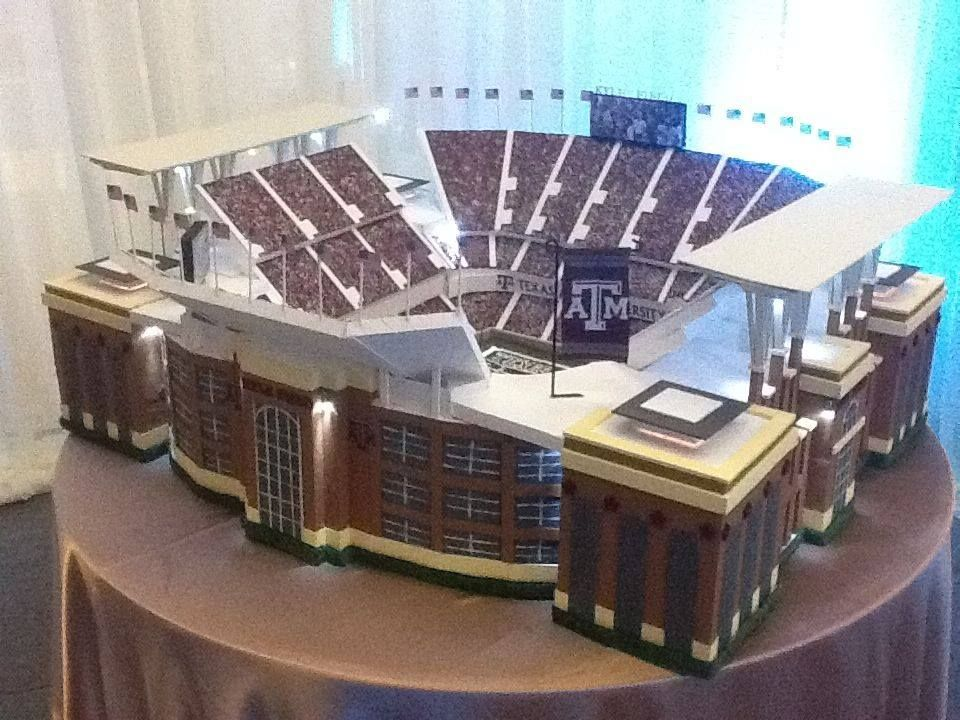 NEW Kyle Field groom's cake