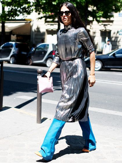 Metallic kann auch tragbar in den Alltag integriert und perfekt als Streetstyle getragen werden.