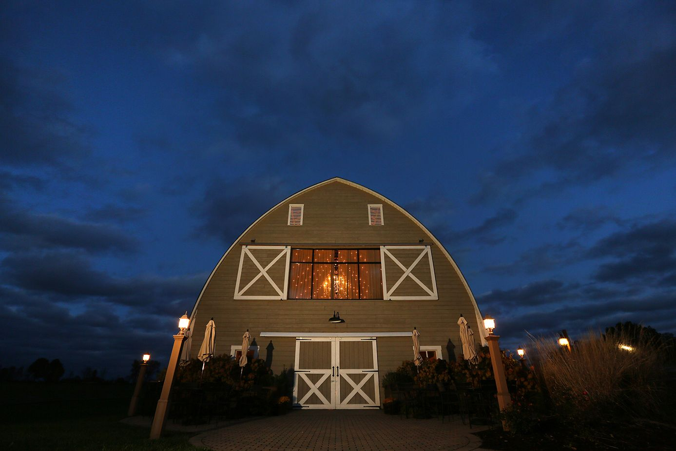Irons Mill Farmstead, rustic Pennsylvania barn wedding ...